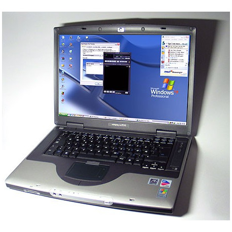 Compaq NX7010 Widescreen WIFI laptop